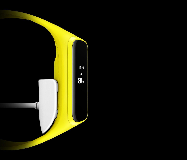 دستبند هوشمند سامسونگ Galaxy Fit e